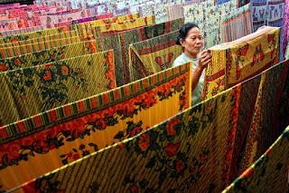 Cara Merawat Pakaian Batik Agar Tidak Luntur dan Pudar