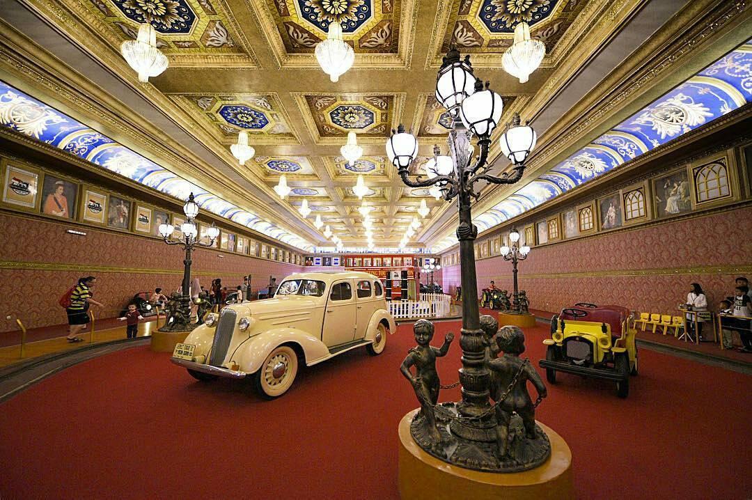 Museum Angkut edukasi alat Transportasi