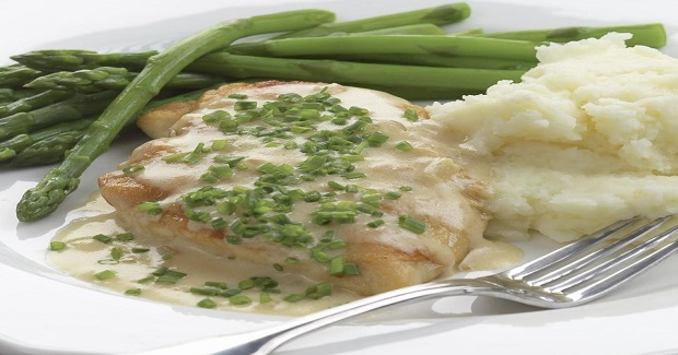 Sauteed Chicken Breasts With Creamy Chive Sauce Recipe