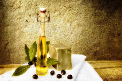 Πώς φτιάχνουμε σπιτικό  σαπούνι από λάδι ελιάς;