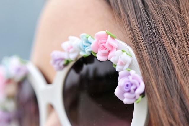 okulary z kwiatami