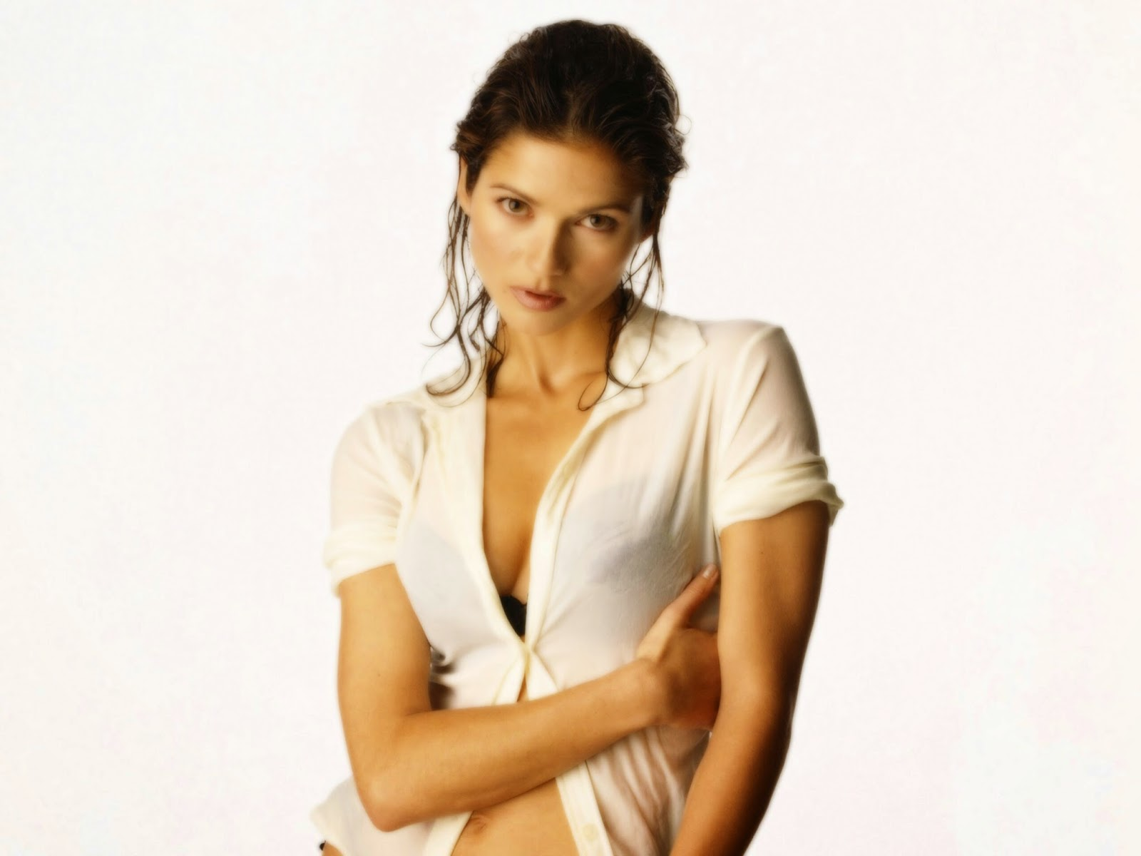 Jill Hennessy Hd Wallpapers Free Download