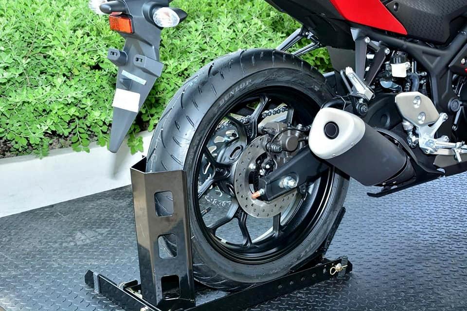Intip beberapa detil Yamaha YZF-R3 2018 Thailand yang identik dengan R25 Facelift 2018 di Indonesia