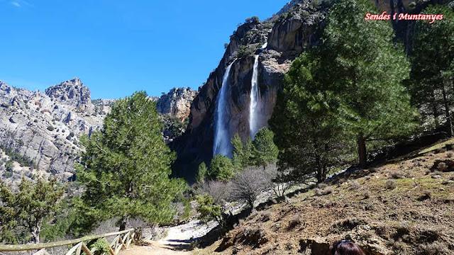 Cascada cola caballo, Nacimiento río Borosa, Pontones, Sierra de Cazorla, Jaén, Andalucía