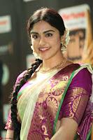 Adah Sharma looks super cute in Saree at IIFA Utsavam Awards 002.JPG