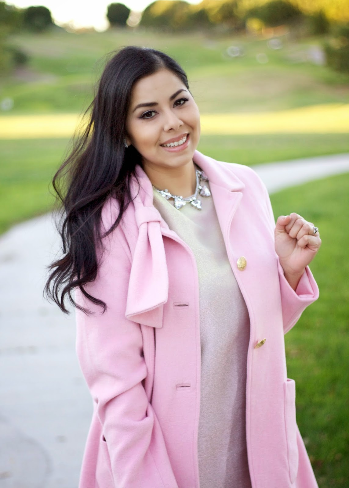 pastels in the winter, pink in the winter, pink outfit in the winter, latina blogger, latina bloggers in California,  successful latina blogger, successful San Diego bloger, pale pink outfit, engagement picture outfit