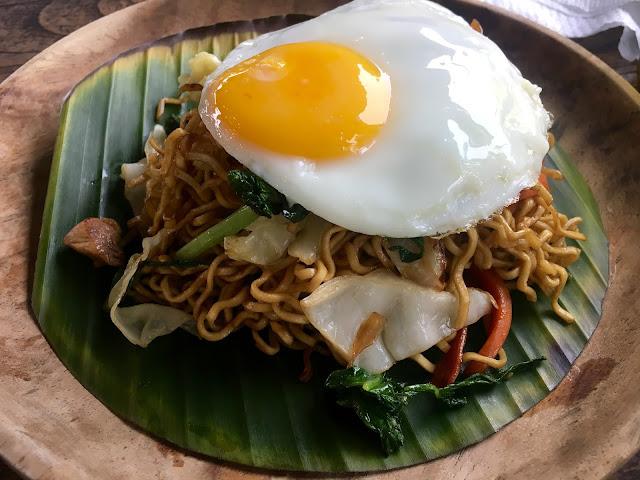Mie Goreng at Sweet Orange Warung, Bali