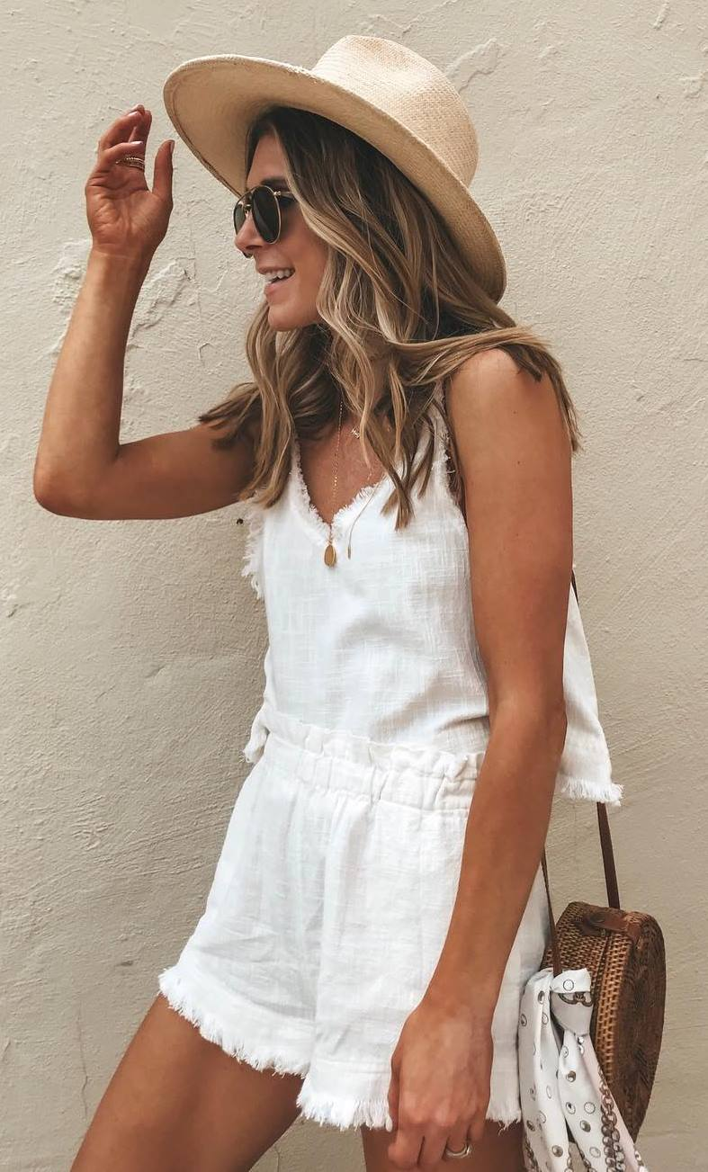 what to wear with a hat : white romper and round bag