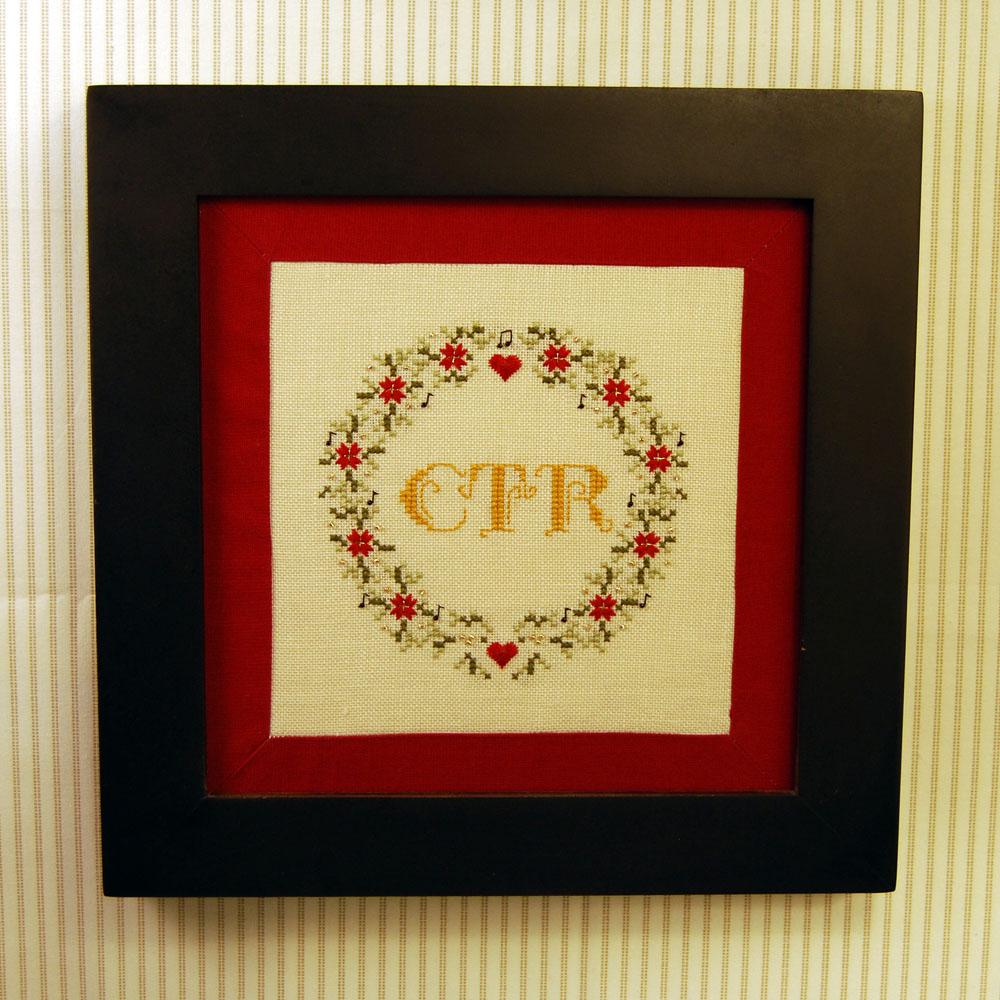 Rainburst Embroidery: Christmas Wreath