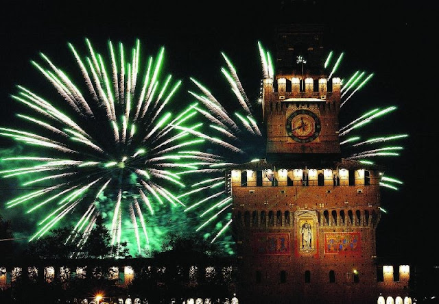 Cap d'any a Milà (2016)