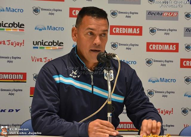 Fernando Gamboa dejó de ser entrenador de Gimnasia