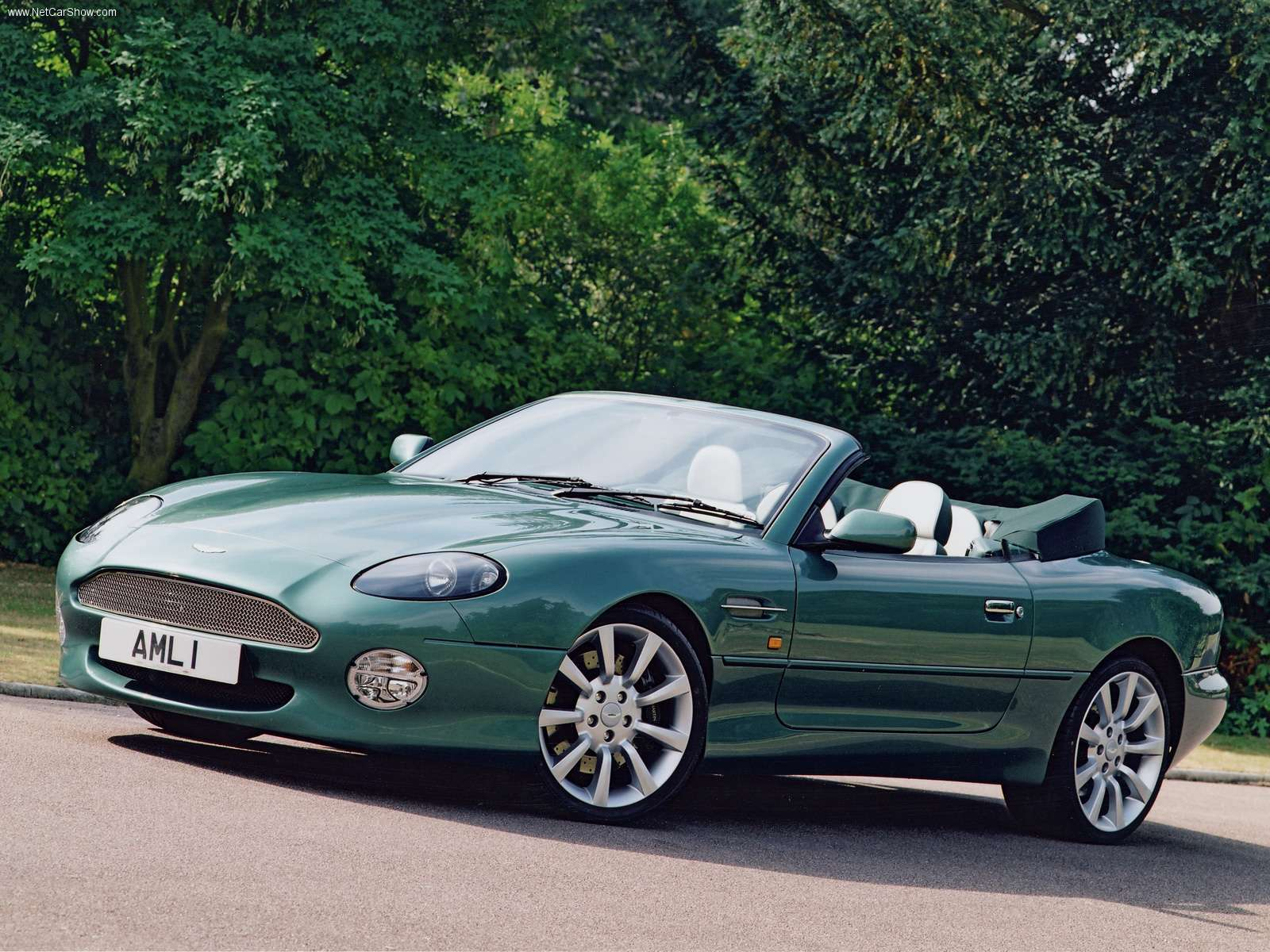Aston Martin Wallpapers Aston Martin Db7 Vantage Volante HD Wallpapers Download free images and photos [musssic.tk]