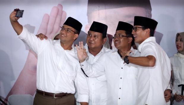Peristiwa Emosional Anies dengan Prabowo di Balik Pilkada