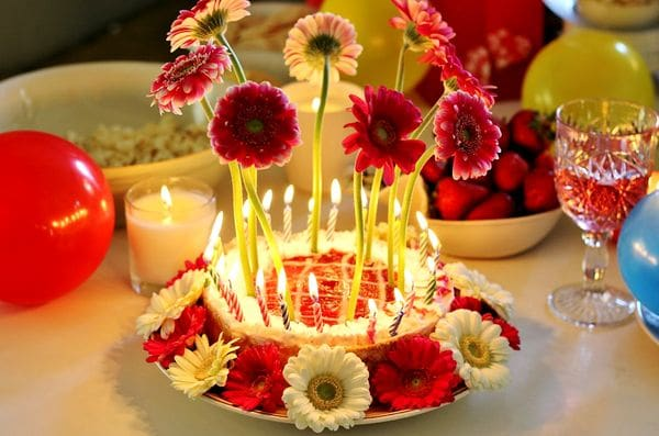perfect birthday flower cake