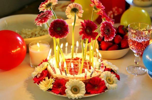 perfect birthday flower cake