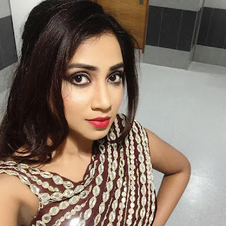 Shreya Ghoshal Indian Singer Biography, Songs List, Photos