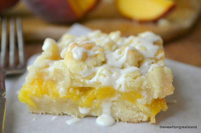 Jack-Daniels-Peach-Pie-Bars-theviewfromgreatisland.com