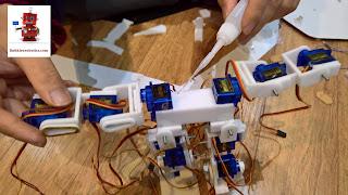 Robot giống người arduino