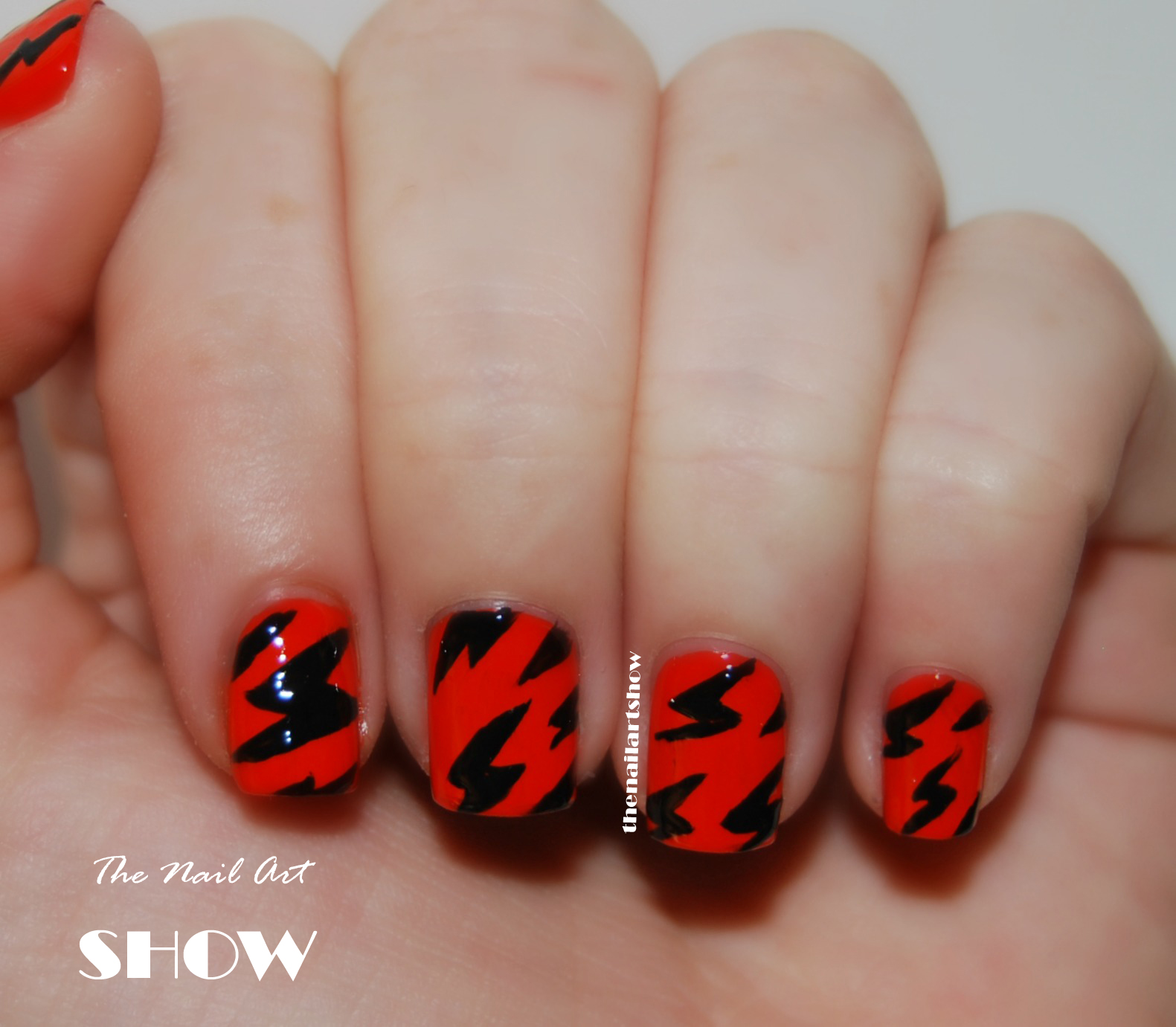 June Nail Art Challenge  Day 24: Simple (When The ...