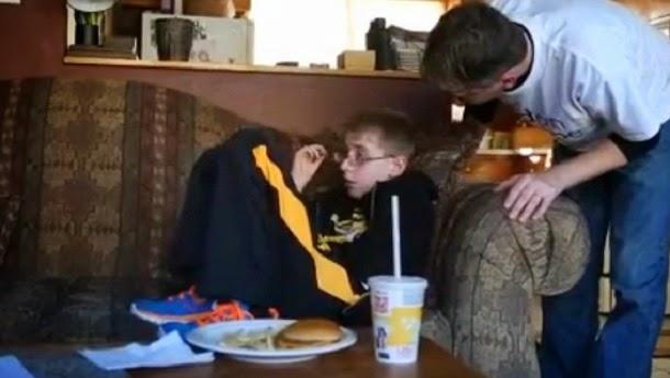 Misteriosa condição faz menino nunca sentir fome ou sede