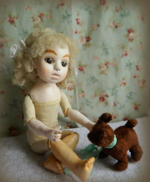 текстильная шарнирная антикварная  кукла