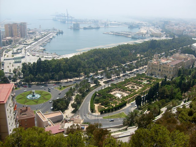 Málaga port - widok z Alcazaby