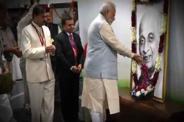 pm-narendra-modi-tribute-sardar-patel-on-birth-anniversary-news