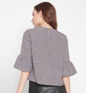 Model Baju Atasan Wanita Berdasarkan Bentuk Tubuh Untuk Memaksimalkan Penampilan