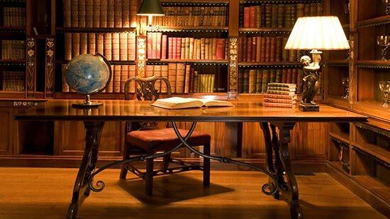 من أصول التقاضي المستقرة أن المدعي هو من يحدد خصمه بالدعوى