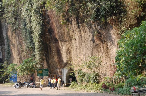 Wisata sejarah ke Goa Belanda bandung