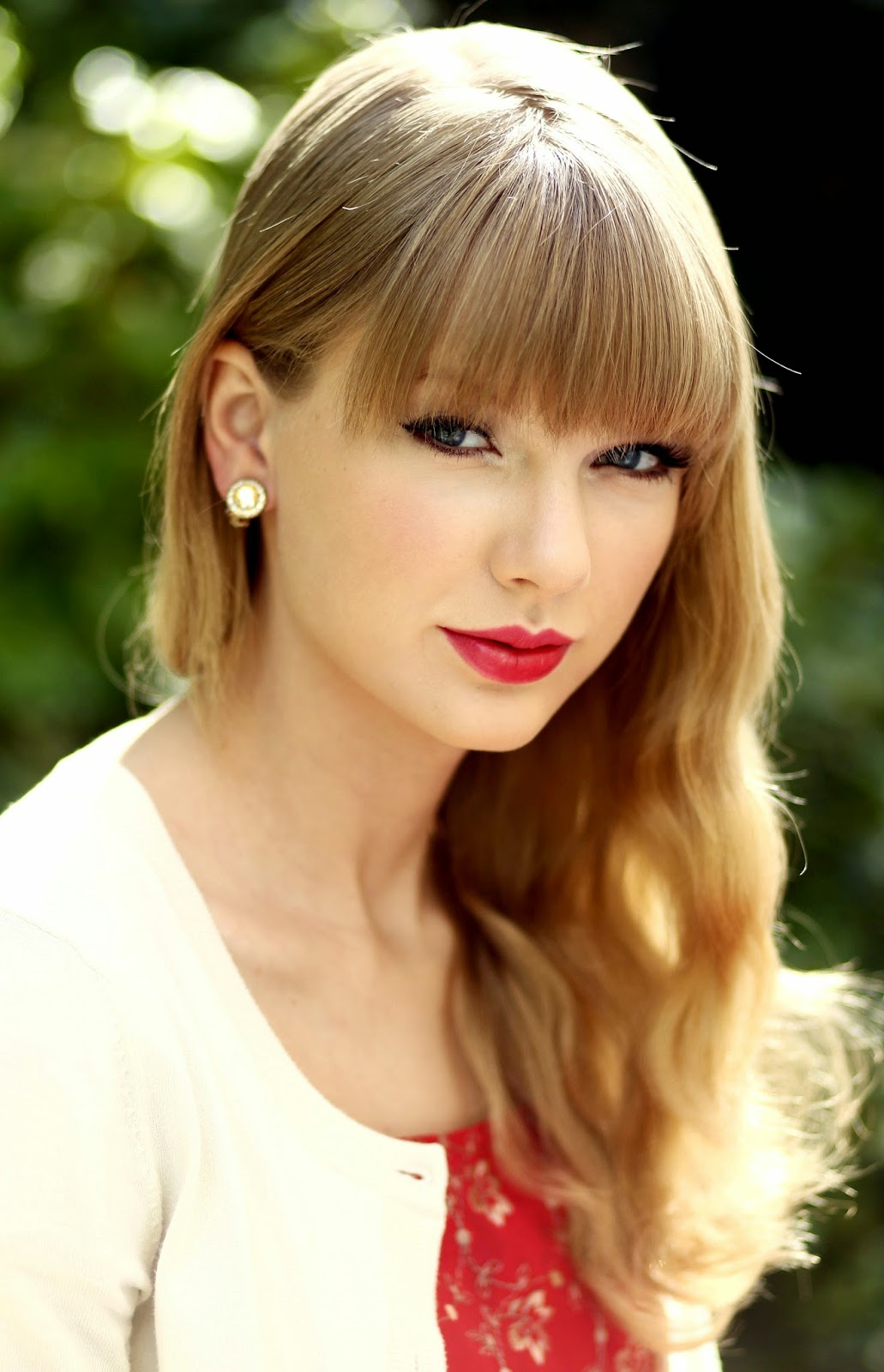Taylor Swift Biography and Pictures Gallery 2017 - Oddetorium