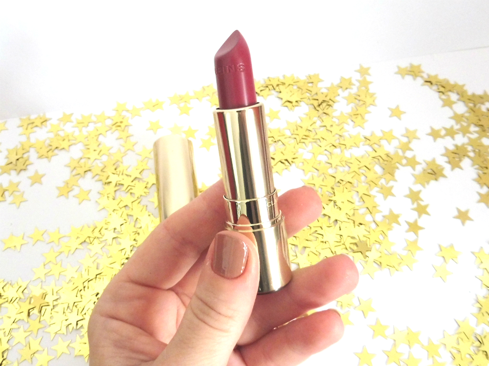 Le joli rouge brillant de Clarins, une brillante idée ? Par Lili LaRochelle à Bordeaux