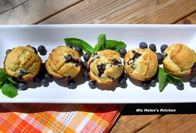 Berry Patch Muffins at Miz Helen's Country Cottage