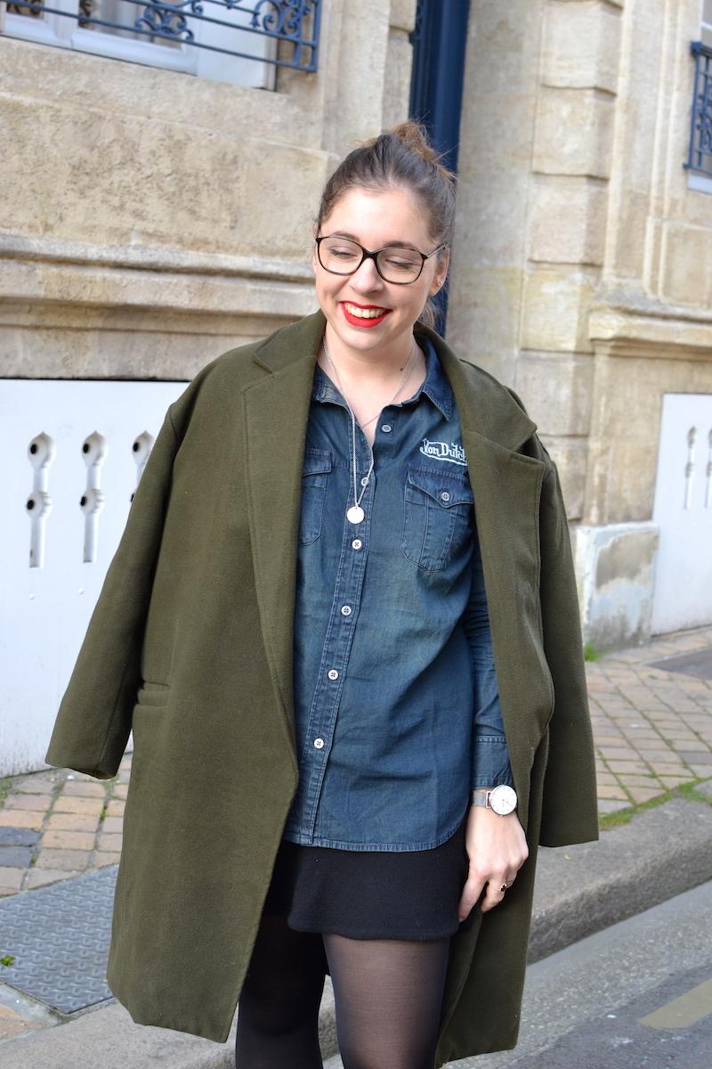 manteau kaki sheinside, chemise en jean von Dutch, jupe noir H&M