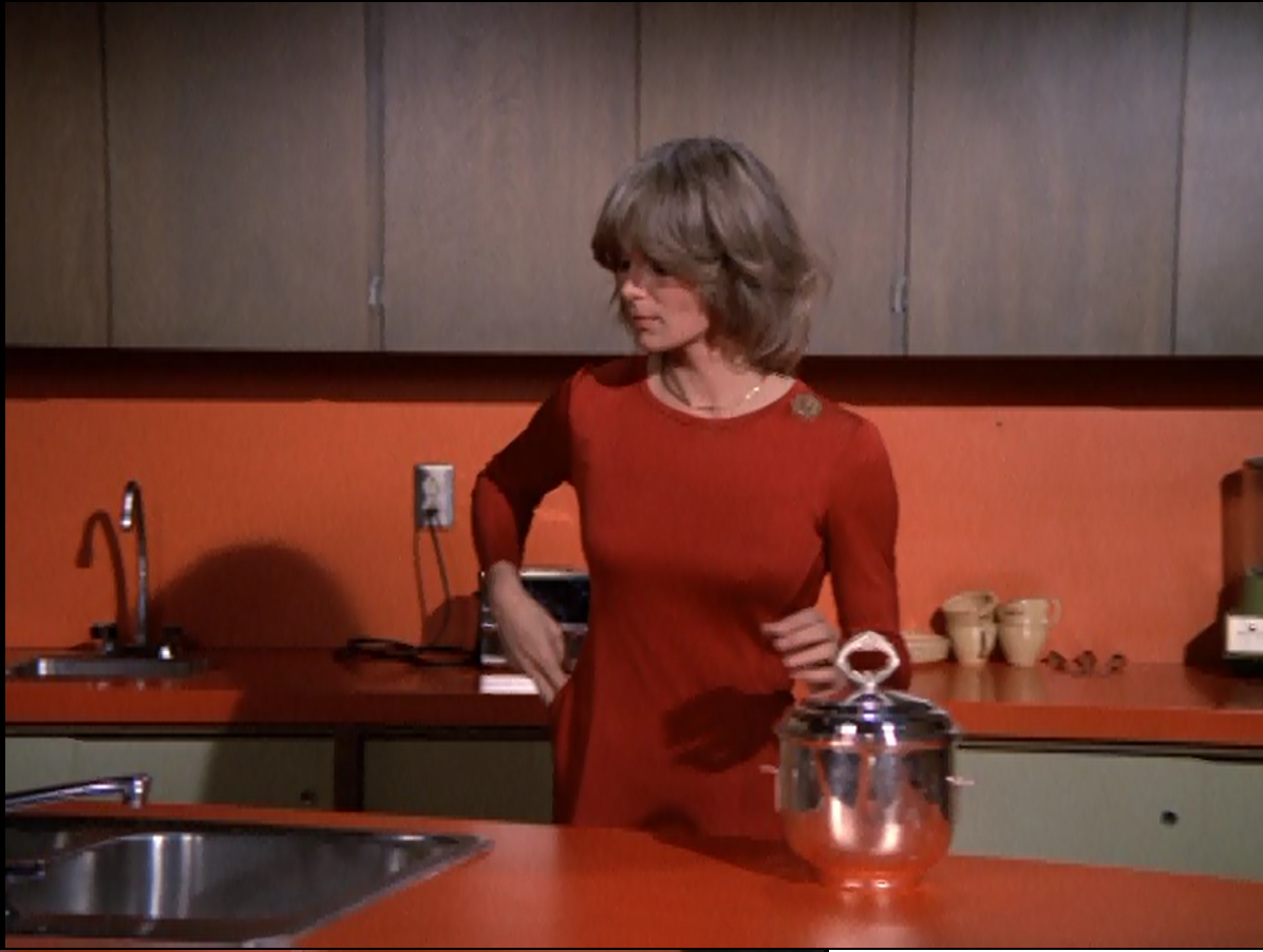 the brady bunch blog: linda evans in the bradys kitchen