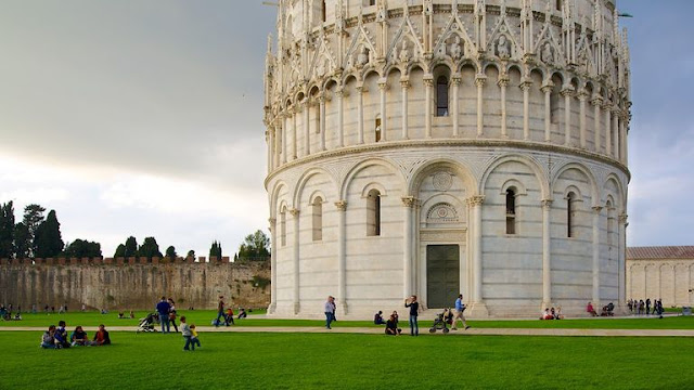 Ponto turístico Batistério de Pisa