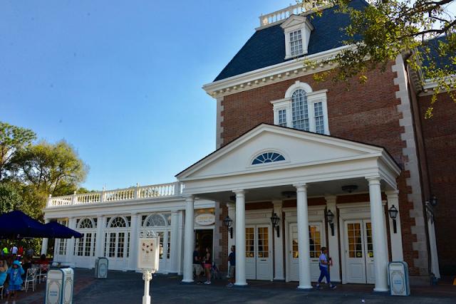 Conheça o restaurante Liberty Inn na Disney em Orlando