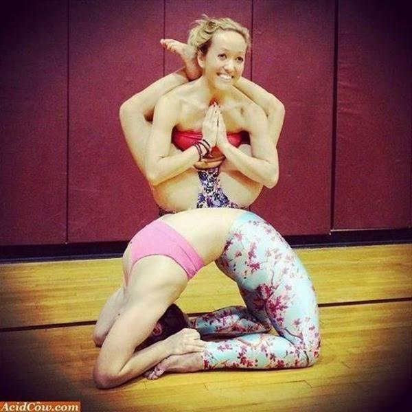 Yoga bizarro