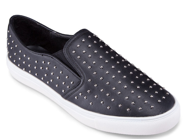 Outfit Tips : Slip on sneakers