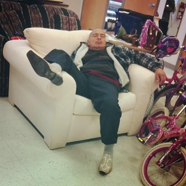 saddest holiday shopping