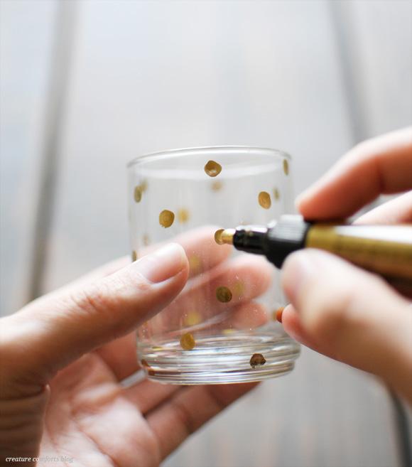 Pintando vaso y personalizando