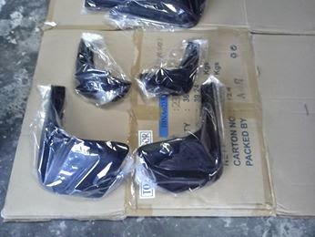 1 Set Mud Guard Ayla-Agya Isi 4 Pcs