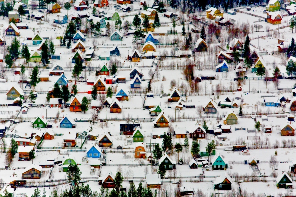 The 100 best photographs ever taken without photoshop - Holiday village near Arkhangelsk, Russia