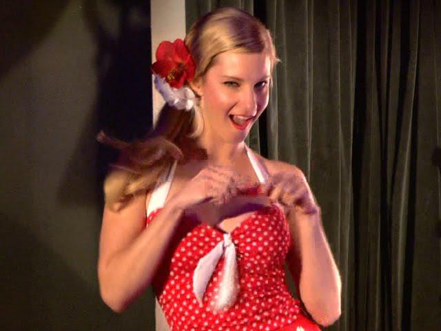Kristin Chenoweth Hot: Heather Morris