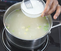 Corn-starch-to-thicken-the-soup