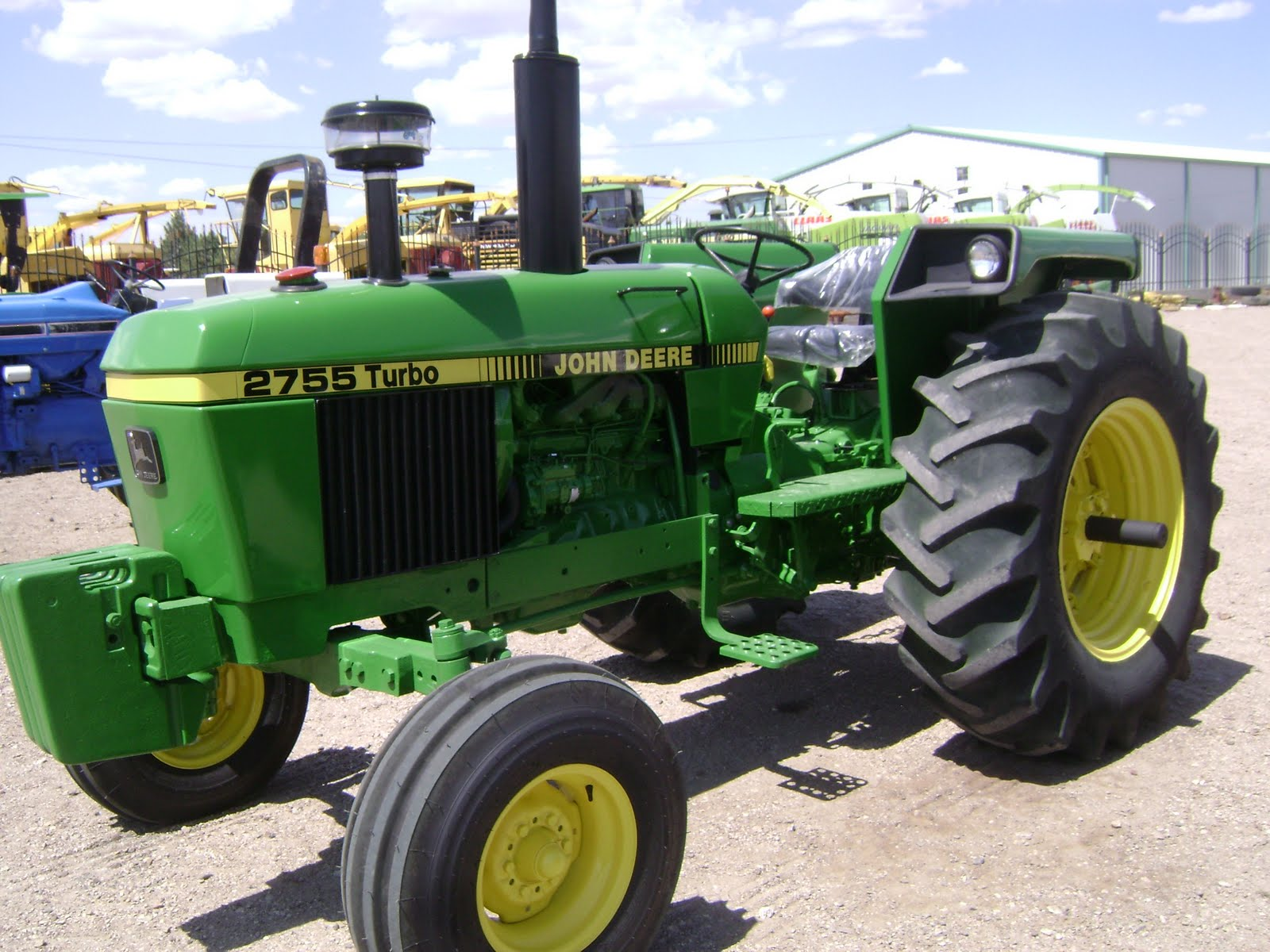 Maquinaria Agricola Industrial  Tractor John Deere 2755 Turbo  14500 Dlls  Mexicano Jhie14600
