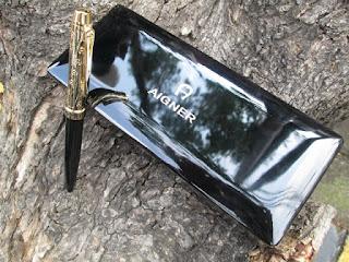 Pulpen Mewah Aigner AIG001B Metal Pen Black Wood Box Golden Carving