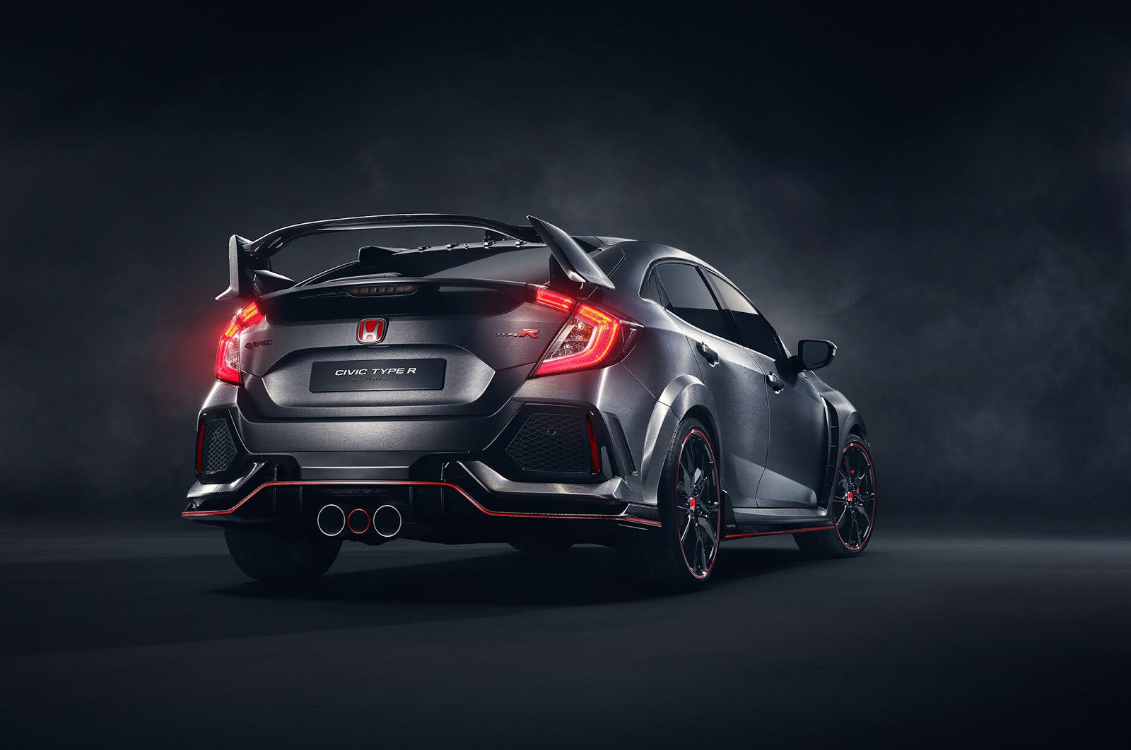 2018-Honda-Civic-Type-R-3.jpg