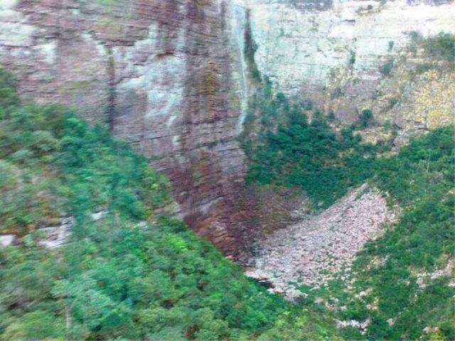 Francês de 72 anos cai da Cachoeira da Fumaça e morre na Chapada Diamantina