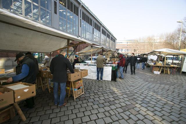 Mercato ad Ostbanhof-Berlino